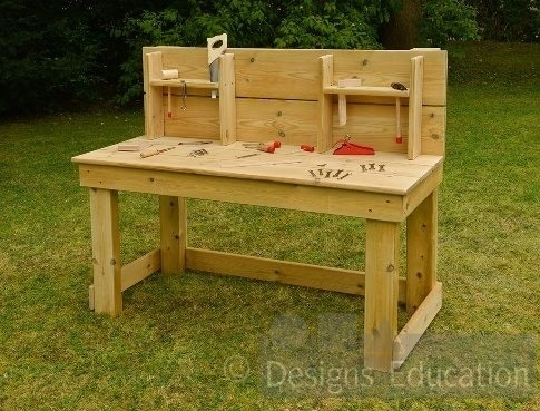 tool bench with tools