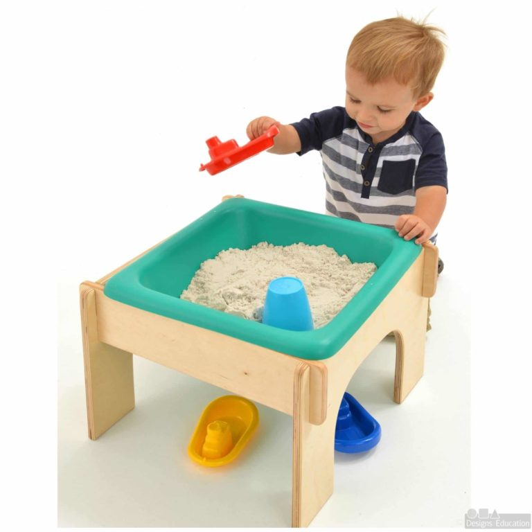 Tiny tub wood with child1 square