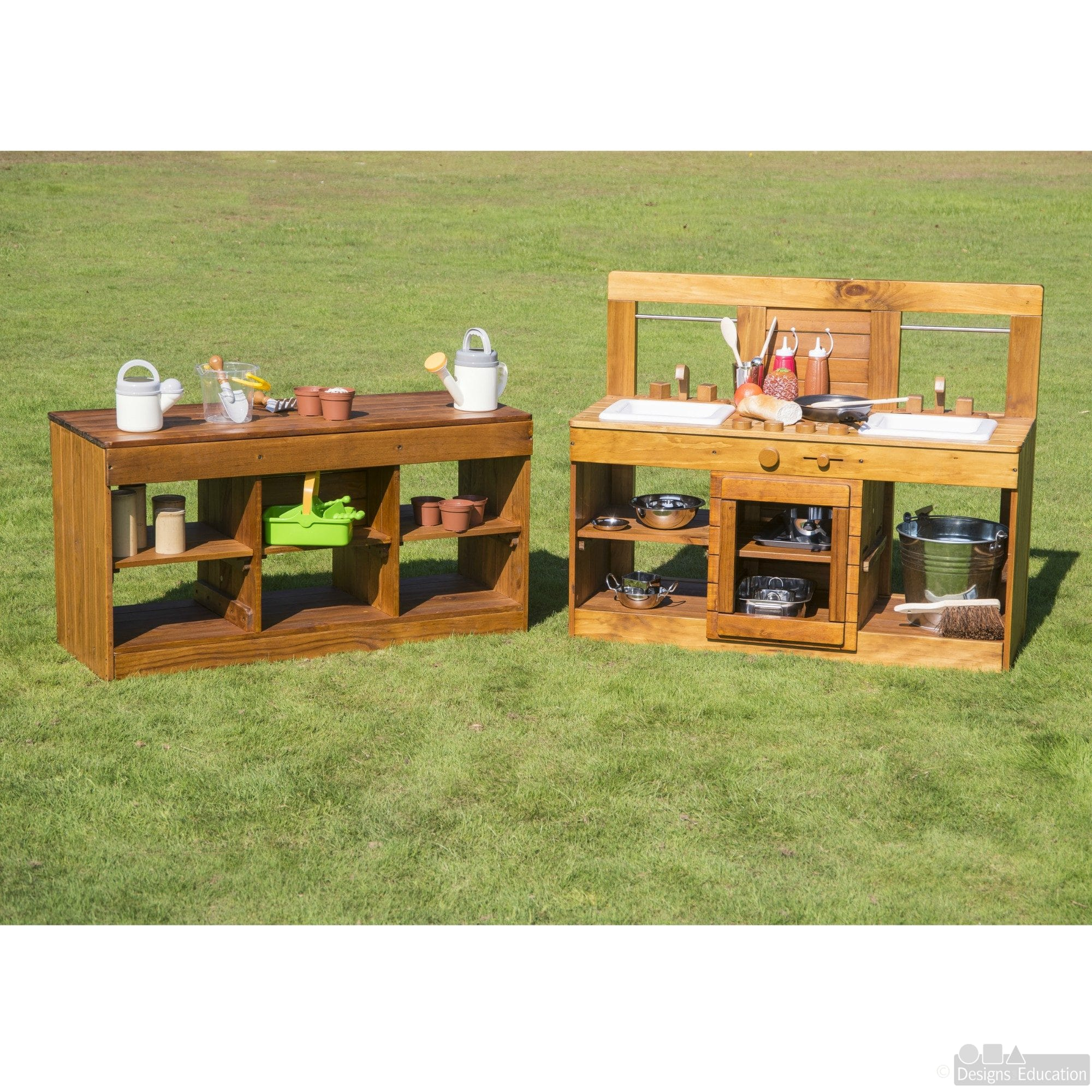 225 & Outdoor Kitchen - Designs For Education